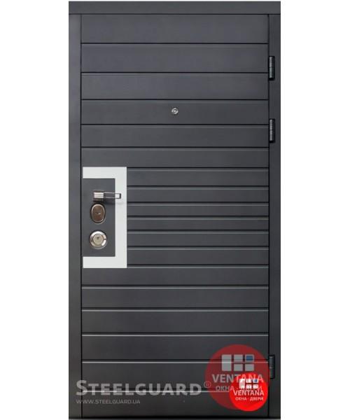Дверь входная бронированная Steelguard Серия SOLID Domino